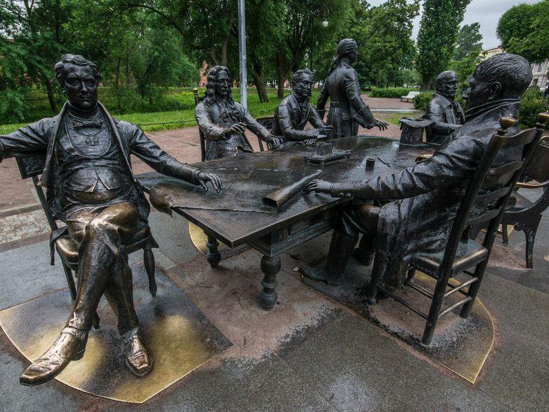 Необычные памятники Петербурга 3.jpg